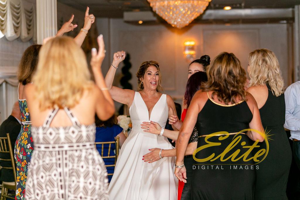 Elite Entertainment_ NJ Wedding_ Elite Digital Images_Breakers_08.17.19_ Debra and Dean (7)