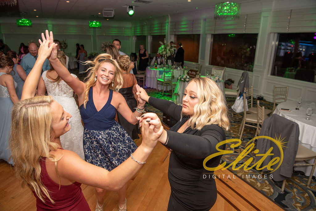 Elite Entertainment_ NJ Wedding_ Elite Digital Images_Crystal Point, Point Pleasant _Alicia and Dillon_09_15_19 (11)