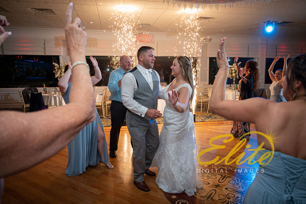 Elite Entertainment_ NJ Wedding_ Elite Digital Images_Crystal Point, Point Pleasant _Alicia and Dillon_09_15_19 (12)