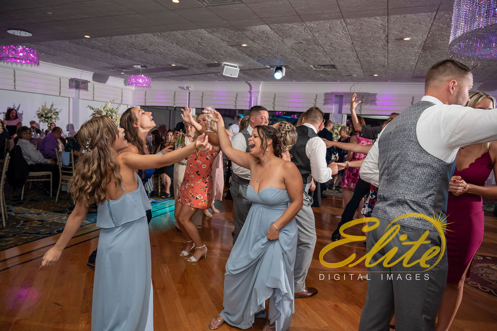 Elite Entertainment_ NJ Wedding_ Elite Digital Images_Crystal Point, Point Pleasant _Alicia and Dillon_09_15_19 (6)