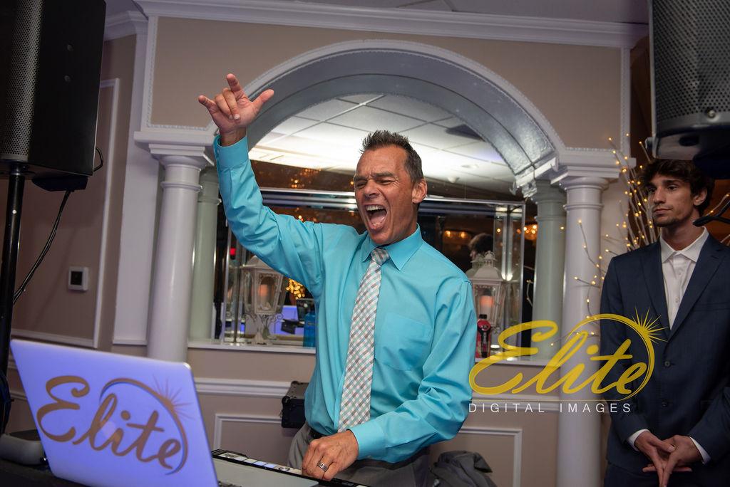 Elite Entertainment_ NJ Wedding_ Elite Digital Images_Doolans Shore Club in Spring Lake_Kristina and David_ 072619 (14)