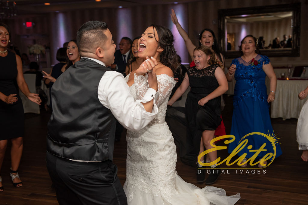Elite Entertainment_ NJWedding_ EliteDigitalImages_DoubleTree_Sterling Ballroom_Rebekah and Joe_09_20_19 (14)