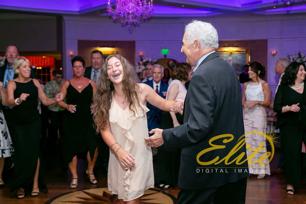 Elite Entertainment_ NJ Wedding_ Elite Digital Images_Clarks Landing_ Lauren and Jake _ 09_01_19 (8)