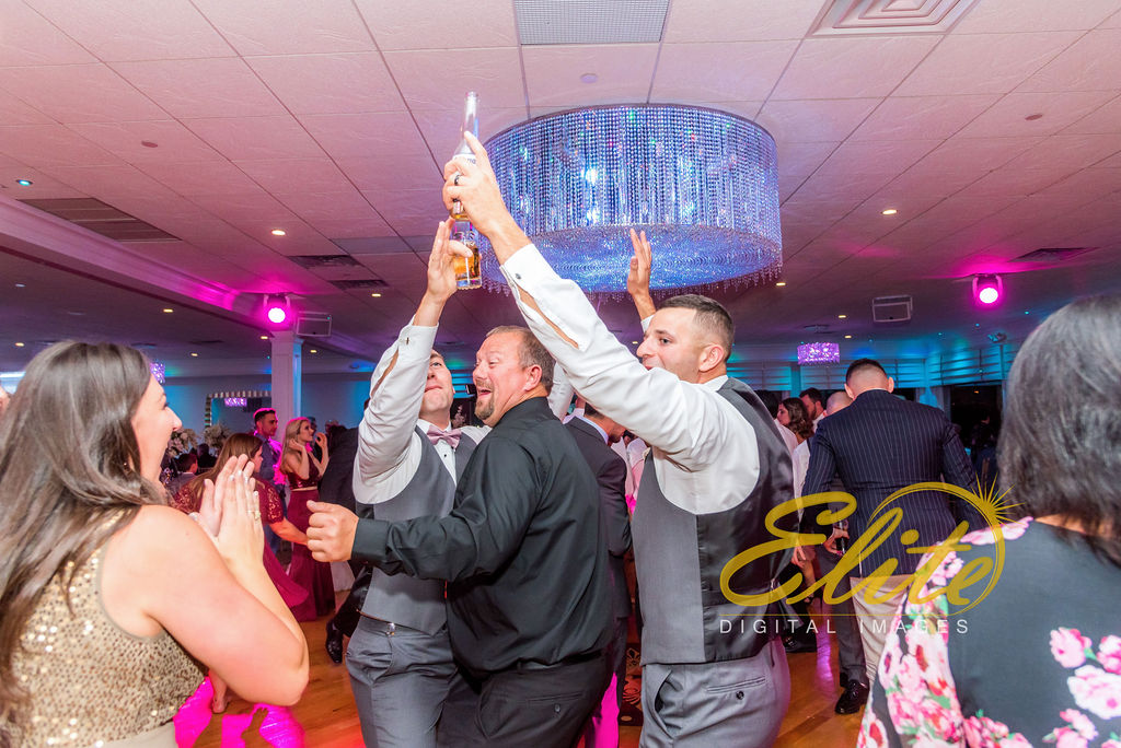 Elite Entertainment_NJ Wedding_Elite Digital Images_Crystal Point, Point Pleasant_GeannineAndMike_10_11_19_party 13