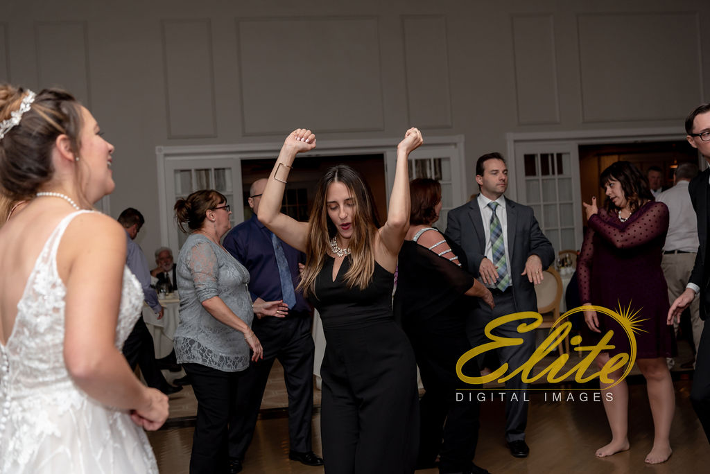 Elite Entertainment_NJ Wedding_Elite Digital Images_Spring Lake Bath & Tennis Club, Spring Lake_RebeccaAndKevin_10_19_19_party11