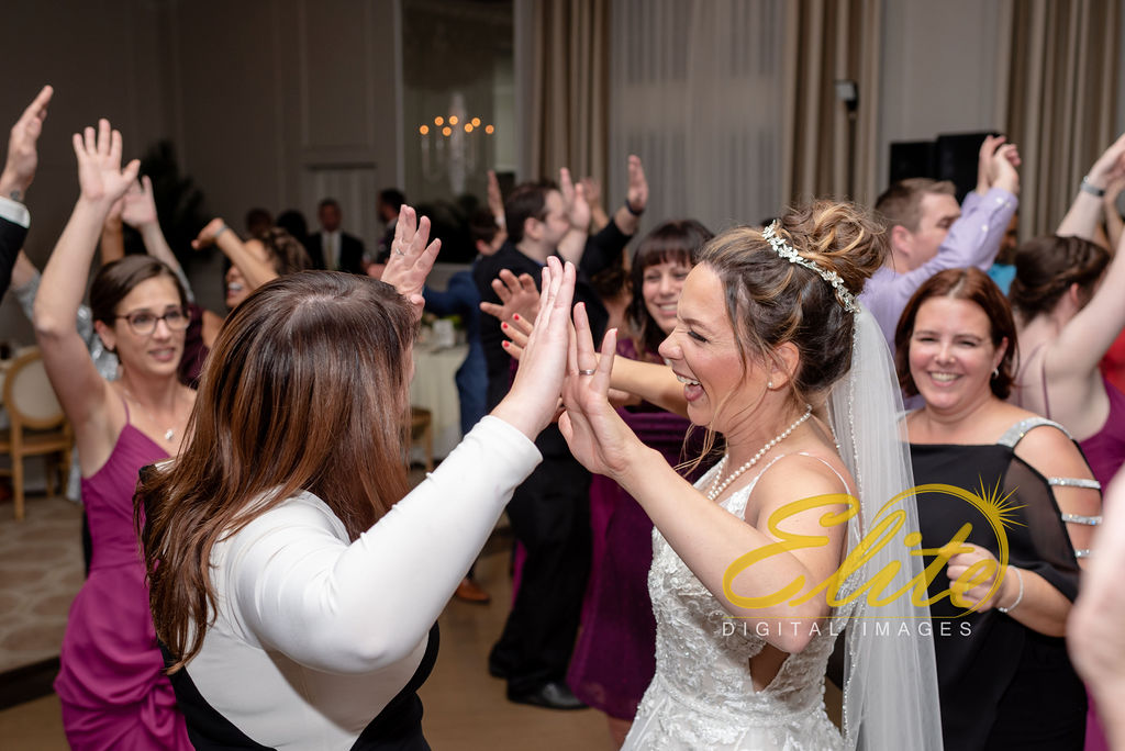Elite Entertainment_NJ Wedding_Elite Digital Images_Spring Lake Bath & Tennis Club, Spring Lake_RebeccaAndKevin_10_19_19_party2