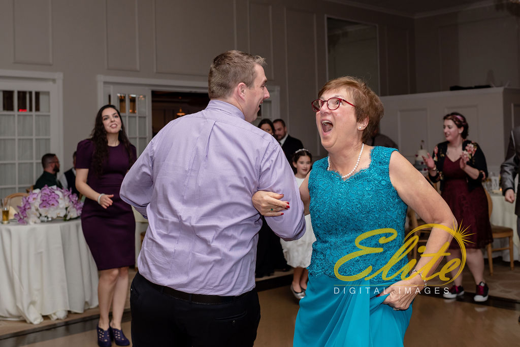 Elite Entertainment_NJ Wedding_Elite Digital Images_Spring Lake Bath & Tennis Club, Spring Lake_RebeccaAndKevin_10_19_19_party3